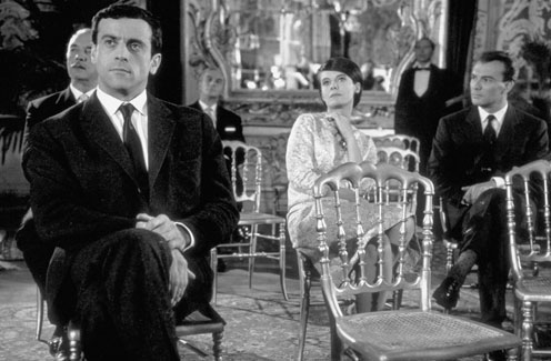 Last-Year-at-Marienbad-Film-Review