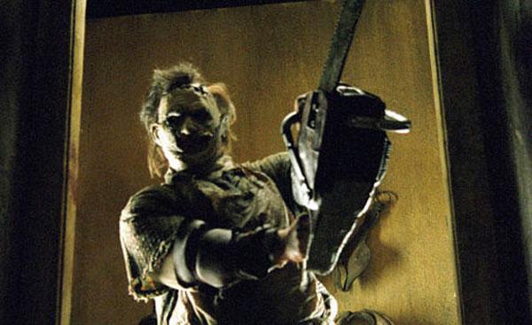 texas-chainsaw-massacre-2003-leatherface