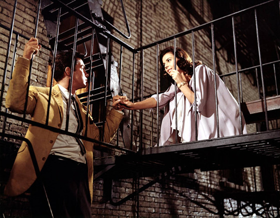 a comparison of forbidden love in romeo and juliet and west side story Romeo and juliet and west side story it may seem that a musical about two members of opposite gangs who fall in love and a dramatic tragedy about members of.