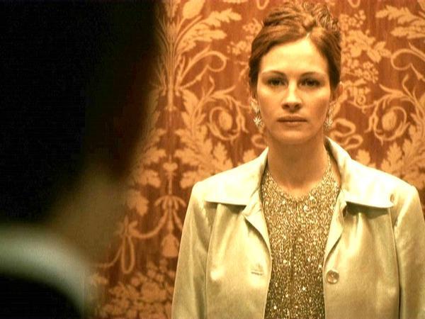Julia Roberts as Tess