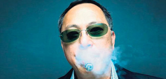johnnie to breaking news