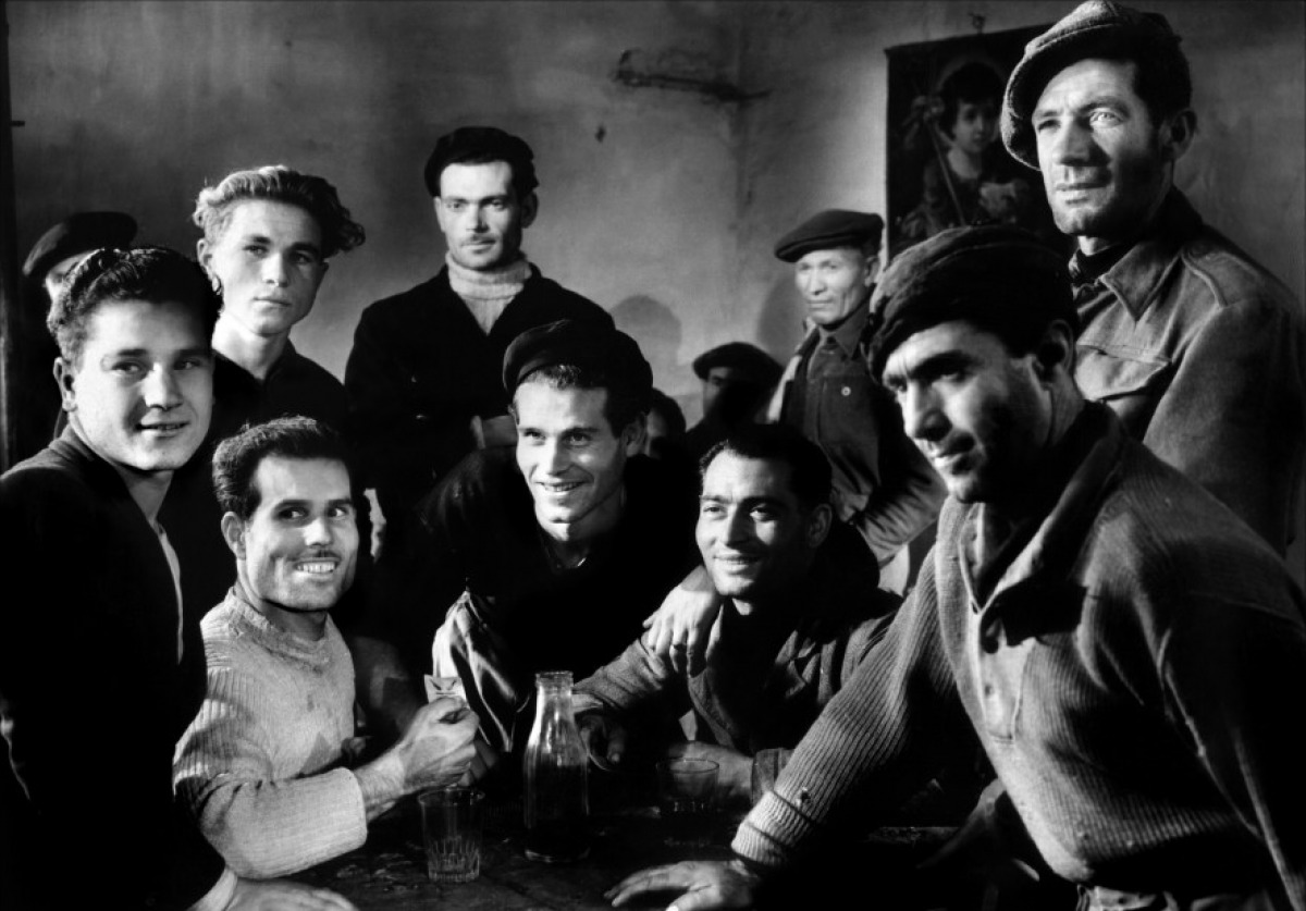essays on italian neorealism In the period between 1943 and 1950 italian cinema was dominated by neorealism which became the most significant film style of post-war europe.