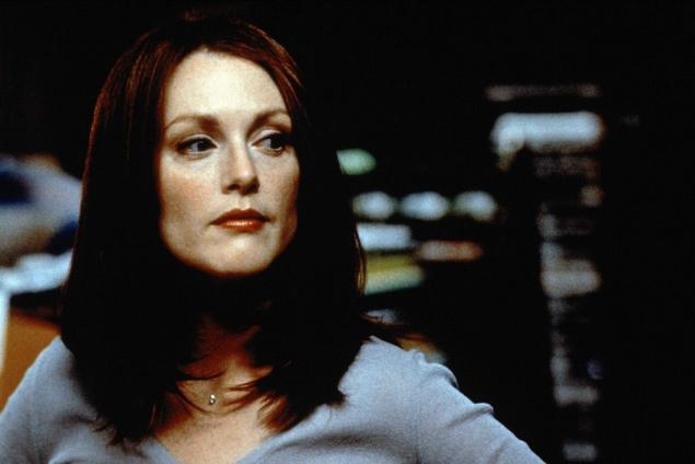 magnolia-movie-julianne-moore