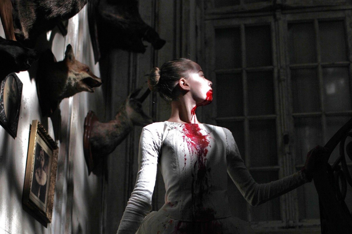 10 great modern french horror films that are worth your for Inside french movie