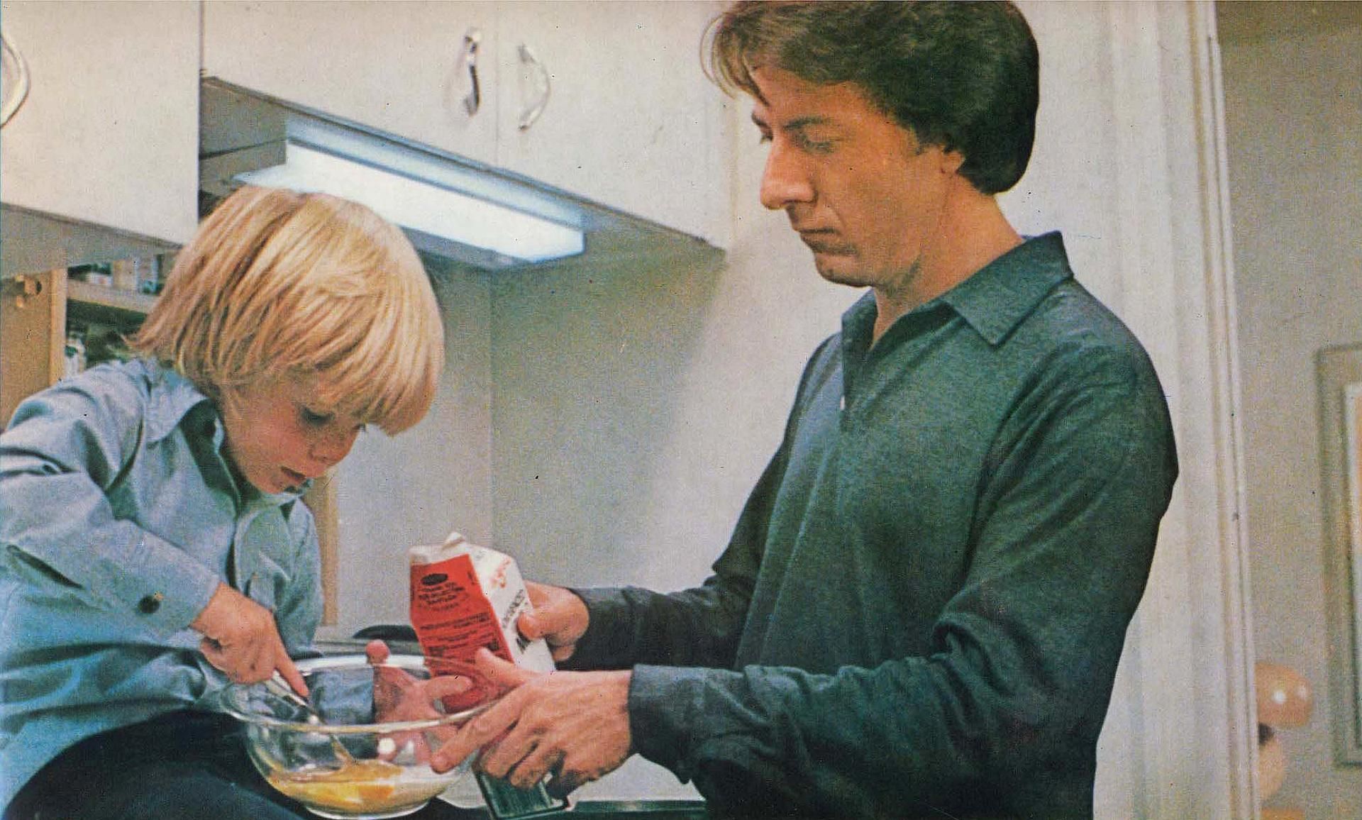 kramer versus kramer Kramer vs kramer was a revolutionary film at the time of its release because it wasn't afraid to take the position that men can be great caretakers in the same way women were traditionally.