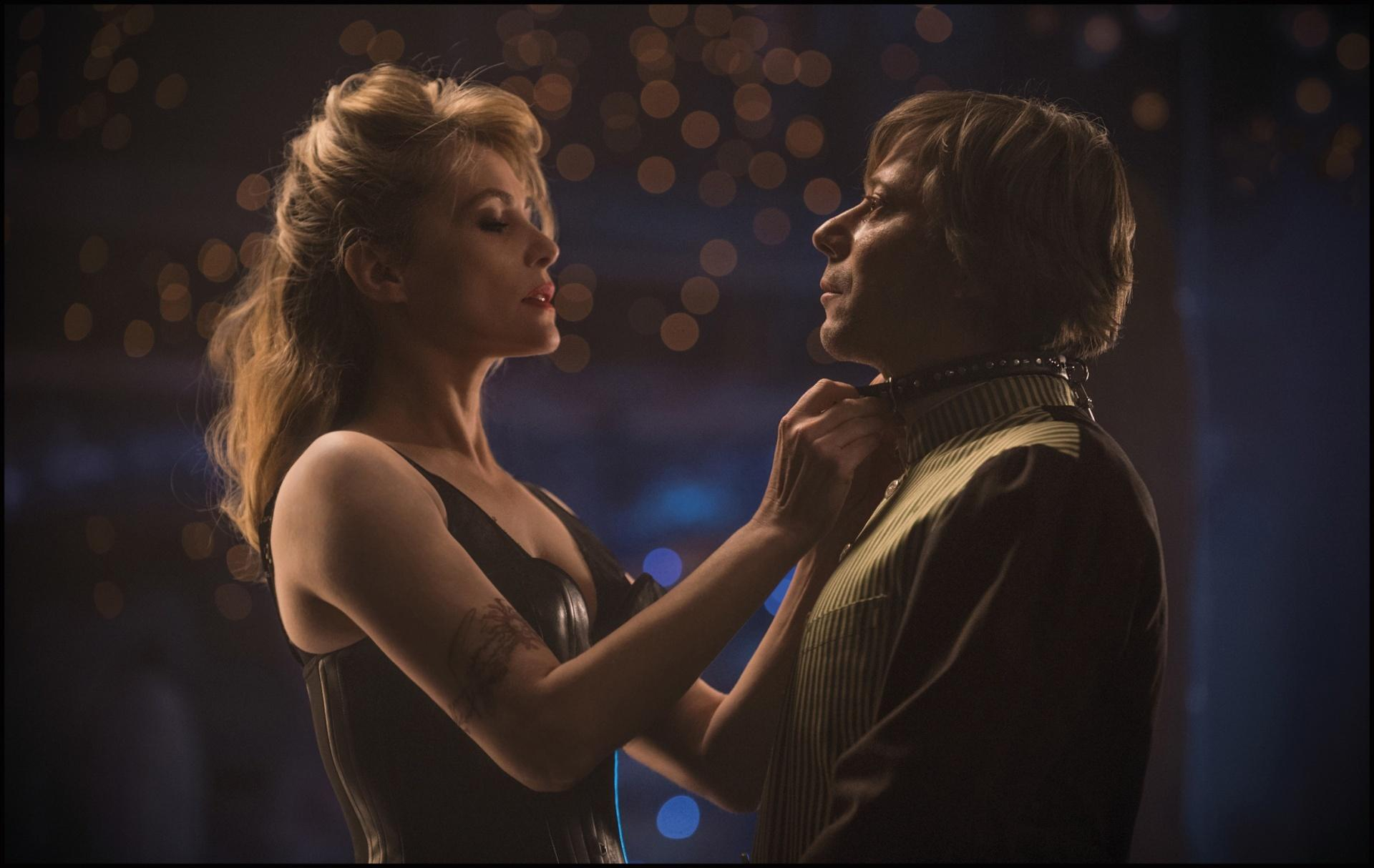still-of-mathieu-amalric-and-emmanuelle-seigner-in-venus-in-fur-(2013)-large-picture