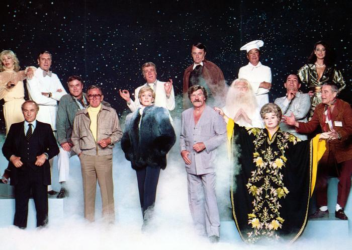 S.O.B., Loretta Swit, Robert Loggia, Craig Stevens, Larry Hagman, William Holden, Richard Mulligan, Julie Andrews, Robert Vaughn, Robert Preston, Shelley Winters, Stuart Margolin, Marisa Berenson, Robert Webber, 1981