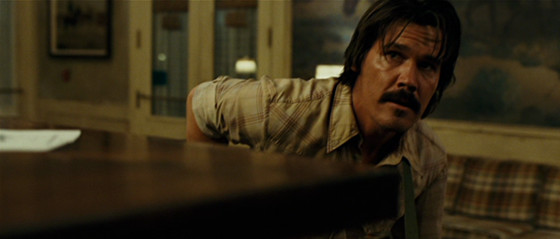 No Country for Old Men hotel shootout