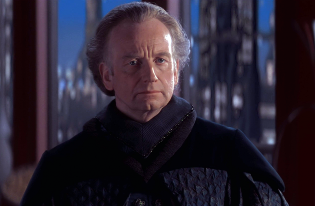 ian-mcdiarmid-in-the-star-wars-prequels