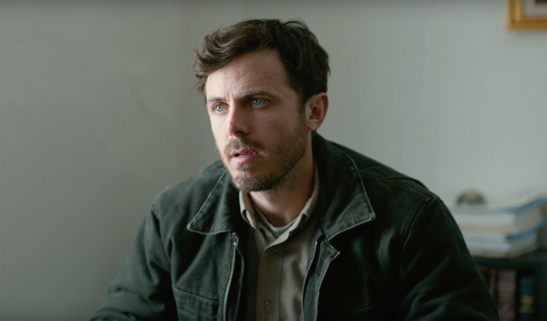 Alfonso Cuaron (Gravity) et Casey Affleck (Manchester By The Sea) vont tourner une série sur une secte dans Ce qui vous attend en séries Tv ! Casey-Affleck-Manchester-by-the-Sea