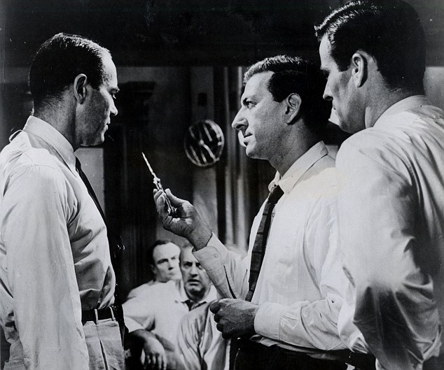 12 angry men summary This one-page guide includes a plot summary and brief analysis of 12 angry men by reginald rose twelve angry men summary reginald rose.