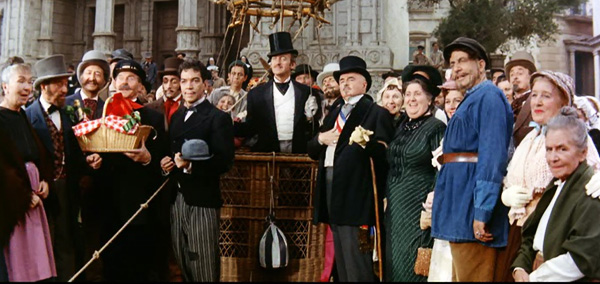 10 Movies With The Most Number of Extras « Taste of Cinema - Movie Reviews and Classic Movie Lists