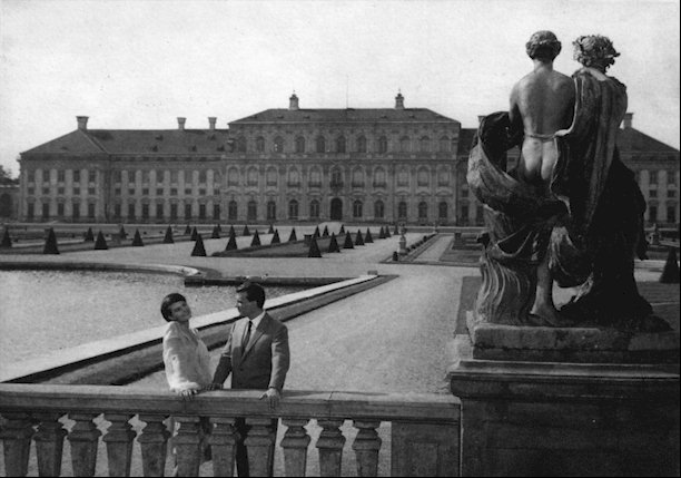 last-year-at-marienbad-photo
