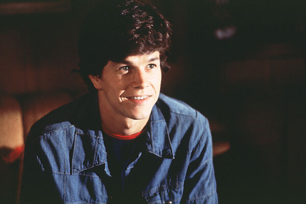 Boogie-Nights-Movie-Stills-mark-wahlberg
