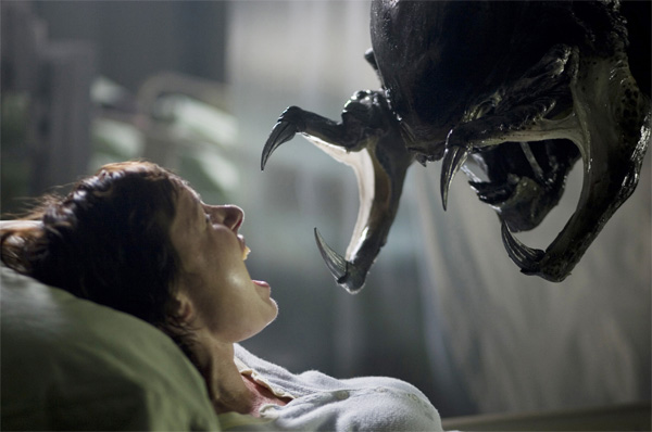 aliens_vs_predator_requiem_movie_image_s