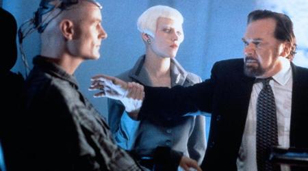 svod-l-lawnmower-man-2-beyond-cyberspace