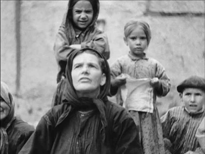 Las Hurdes Tierra sin pan (1933)