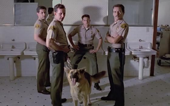 reservoir dogs bathroom cop scene