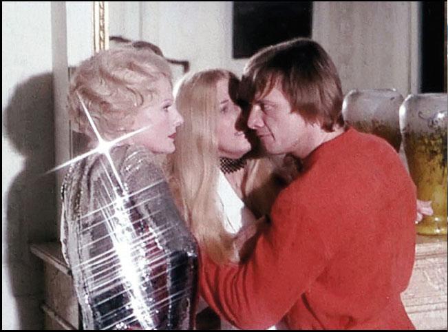 daughters-of-darkness-1971