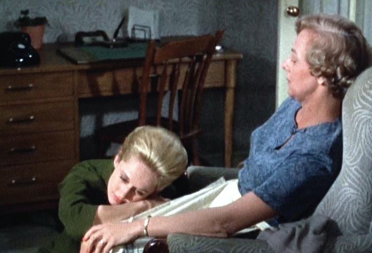 Tippi Hedren (Marnie) and Louise Latham (Bernice Edgar)