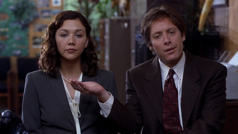 maggie_gyllenhaal_screenshots_secretary_movie_james_spader