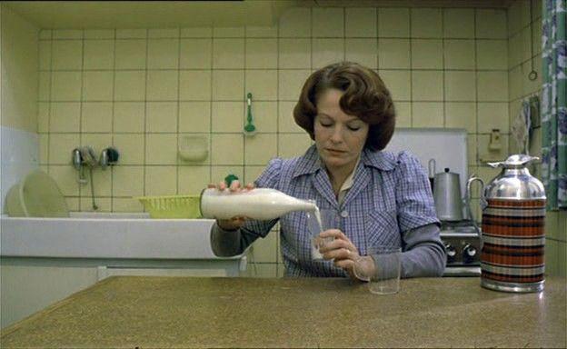 Jeanne Dielman, 23 quai du Commerce, 1080 Bruxelles (1975)