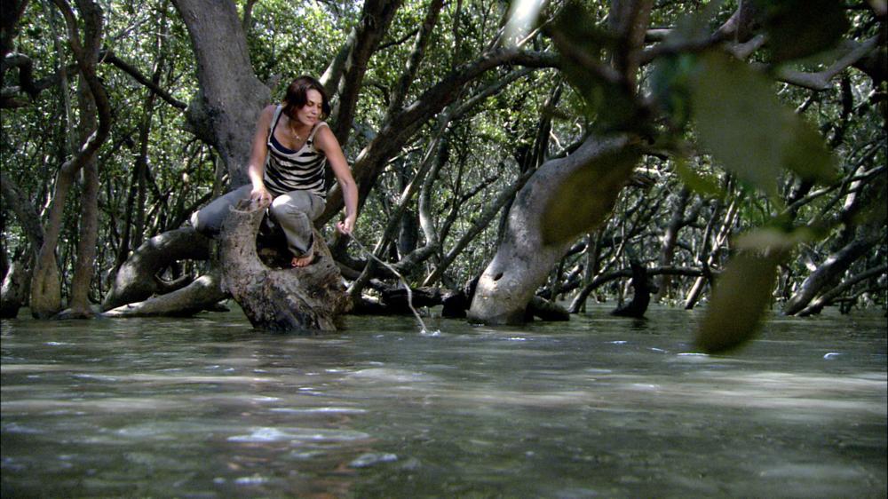 BLACK WATER, Diana Glenn, 2007. ©AV Pictures