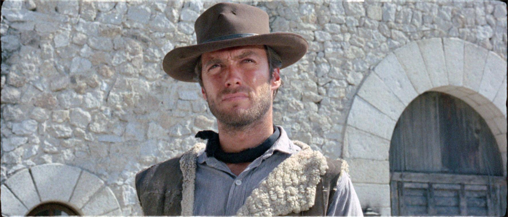 still-of-clint-eastwood-in-a-fistful-of-dollars-(1964)-large-picture