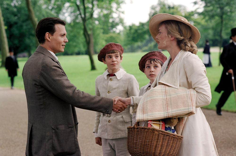FINDING NEVERLAND, Johnny Depp, Nick Roud, Joe Prospero, Kate Winslet, 2004, (c) Miramax