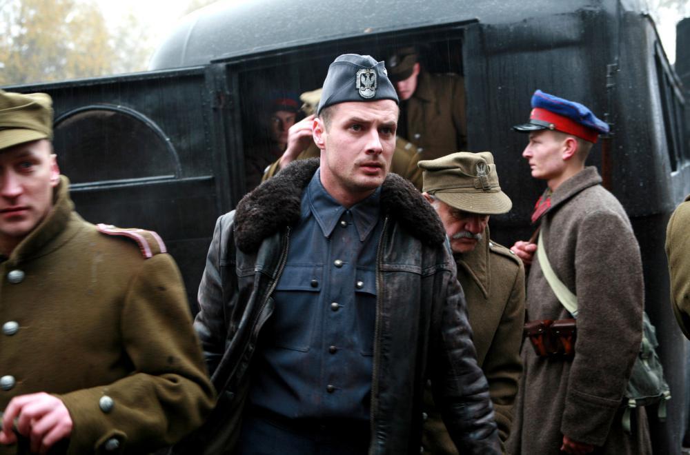 KATYN, Pawel Malaszynski (front), 2007. ©Koch/Lorber Films