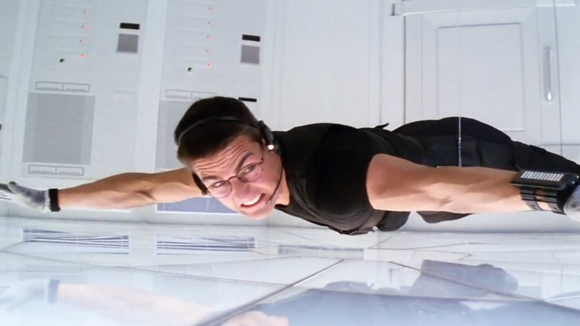 Mission Impossible (1996) Breaking into Langley