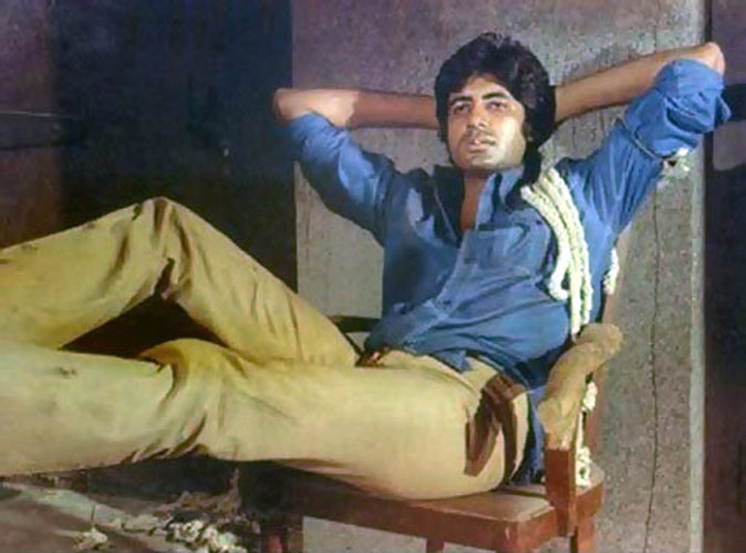 Deewar (1972)