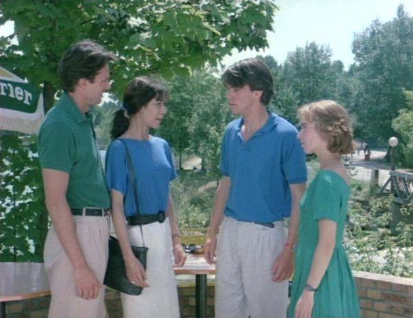 Boyfriends and Girlfriends (1987)